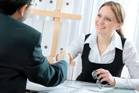 como se vestir entrevista de emprego